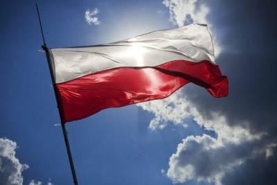 Польша начала строительство ограждения на границе с Беларусью и мира