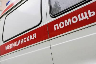 В центре Петербурга рабочий упал с высоты в ходе ремонта фасада доходного дома