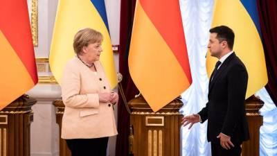 На Украине рассказали об ультиматуме, который Меркель выдвинула Зеленскому