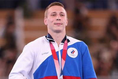 Упущенное золото гимнаста Аблязина и дебют трансгендерной тяжелоатлетки: чем запомнился новый день Олимпиады