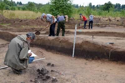 Что обнаружили археологи на раскопках в охранной зоне газопровода в Смоленской области