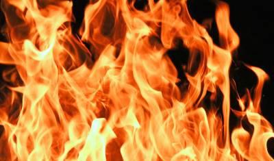 В Якутии из-за пожара эвакуировали более 100 жителей поселка