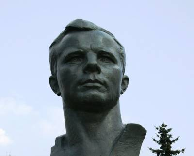 Вице-мэр сахалинского города предстанет перед судом за снос стелы Юрия Гагарина