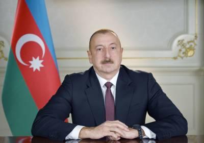 Президент Ильхам Алиев поздравил главу Узбекистана