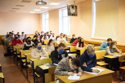 Выпускница колледжа МИИТ заняла первое место в чемпионате «Молодые профессионалы»