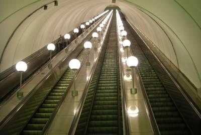 В Киеве пассажиры метро подрались на эскалаторе