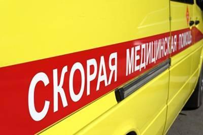 В Кузбассе столкнулись вахтовый автобус и грузовик. Пострадали 11 человек