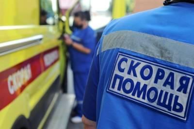 Вахтовый автобус столкнулся с грузовиком в Кузбассе, 11 человек пострадали