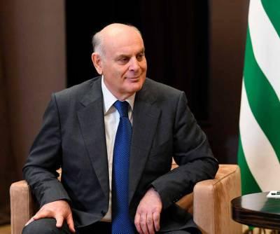 Великая Россия своих друзей в беде не оставляет — президент Абхазии