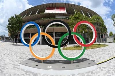 В Токио на фоне церемонии закрытия Олимпийских игр проходит акция противников мероприятия