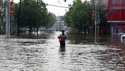 В результате ливней в провинции Сычуань эвакуировали более 80 тысяч человек