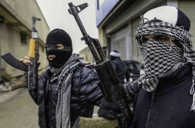 В Сирии 4 военных убиты при атаке террористов