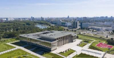 Александр Лукашенко поздравил коллектив Республиканского государственного училища олимпийского резерва с 55-летием учреждения