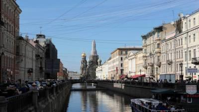 Синоптики заявили, что лето 2021 года стало самым солнечным в Петербурге