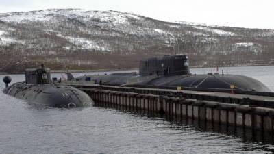 Атомные подводные лодки Северного флота вышли на арктические учения