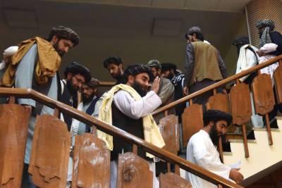 Посол России в Кабуле рассказал, что талибы* готовы платить афганским врачам $40 в месяц