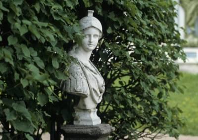 Парки и сады закрыли в Петербурге из-за штормовой погоды
