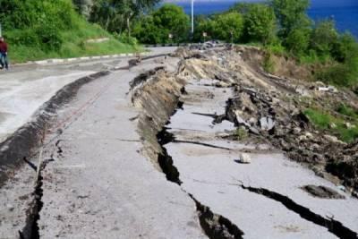 Эксперты МЧС прогнозируют опасные ситуации на юге России из-за сильных ливней