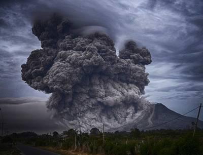 Российские ученые выяснили причину извержения вулкана Райкоке