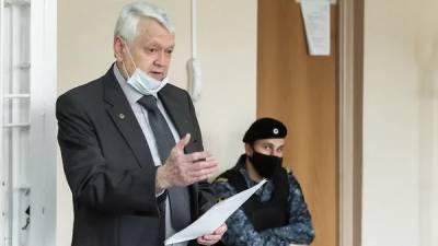Академик Асеев не считает свой коттедж поводом для уголовного дела