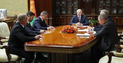 Новые назначения в дипкорпусе, местной вертикали и министерствах. Александр Лукашенко рассмотрел кадровые вопросы