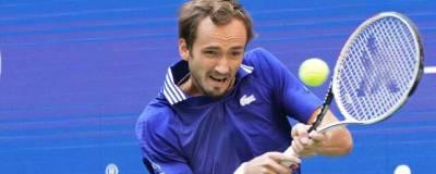 Медведев передал свою ракетку в Международный зал теннисной славы