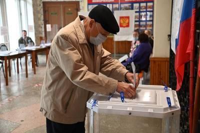 Почетный гражданин Смоленска Виталий Вовченко принял участие в выборах депутатов Госдумы