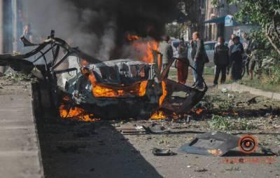Теракт или заказное убийство? В Днепре в результате взрыва автомобиля погибло два человека