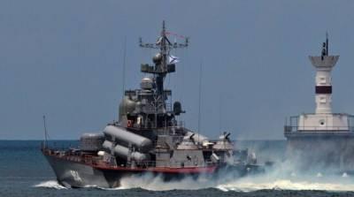 Россия начала военные учения в акватории Черного моря