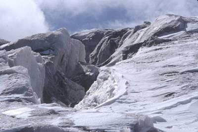 Еще один турист погиб при сходе ледника в Карачаево-Черкесии