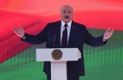 Александр Лукашенко призвал белорусов заводить минимум троих детей