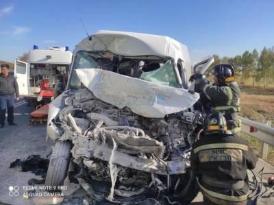 В Башкирии на трассе люди заживо сгорели в автобусе, попавшем в ДТП