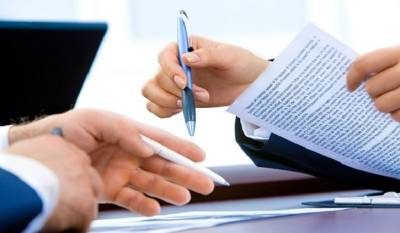 Минздрав получил документы на регистрацию вакцины против коронавируса для подростков