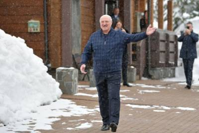 «Старость нужно встретить у моря»: Лукашенко ищет дом в Сочи?