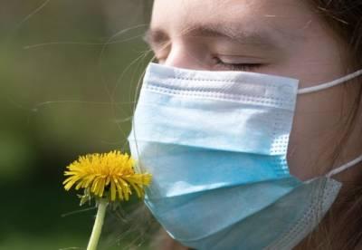 Вкус и обоняние сохраняются: врач назвал новые серьезные симптомы COVID-19