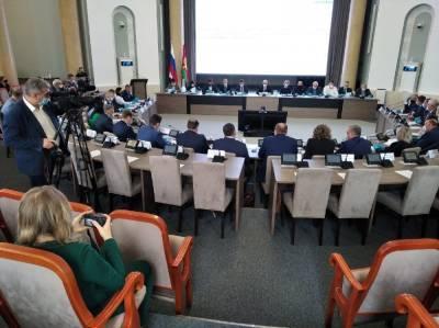 Новые депутаты Липецкой области получили свои удостоверения
