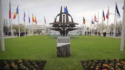 Песков подтвердил обсуждение Путиным и Лукашенко расширения НАТО на Украине