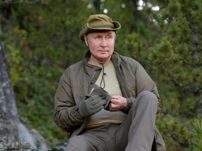 """«Кричать """"Ура!"""" пока рано»: Путин назвал трех главных непобежденных врагов России"""