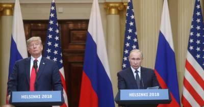 """Пресс-секретарь Трампа заявила о его """"игре на камеру"""" перед Путиным"""