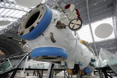 Идею создания служебной орбитальной станции разрабатывают в РФ - Путин