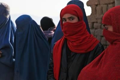 Талибы пообещали дать женщинам доступ к образованию и работе