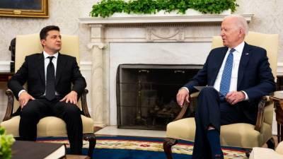 Политический троллинг? Какие намеки Зеленскому послали на встрече с Байденов в США