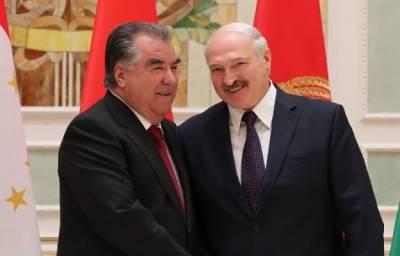 Эмомали Рахмон и Александр Лукашенко обменялись поздравлениями