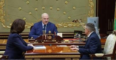 """Александр Лукашенко пообещал """"Белоруснефти"""" """"крышу"""" в вопросе развития инфраструктуры под электромобили"""