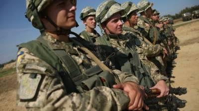 Украинские десантники провели учения возле аннексированного Крыма